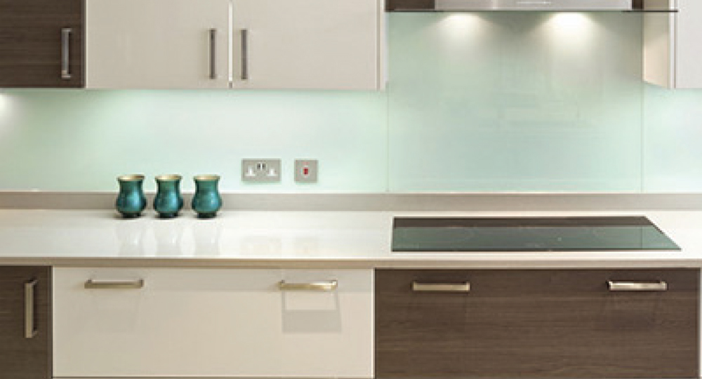 Replacement Kitchen Cupboard Doors And Worktops Lloyds Kitchens And Bedrooms