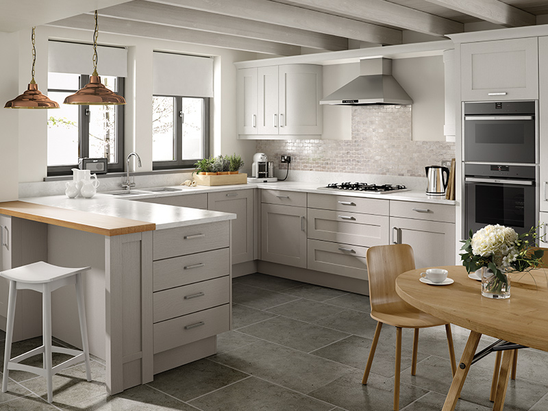 Lloyds Mor Shaker Classic Kitchen